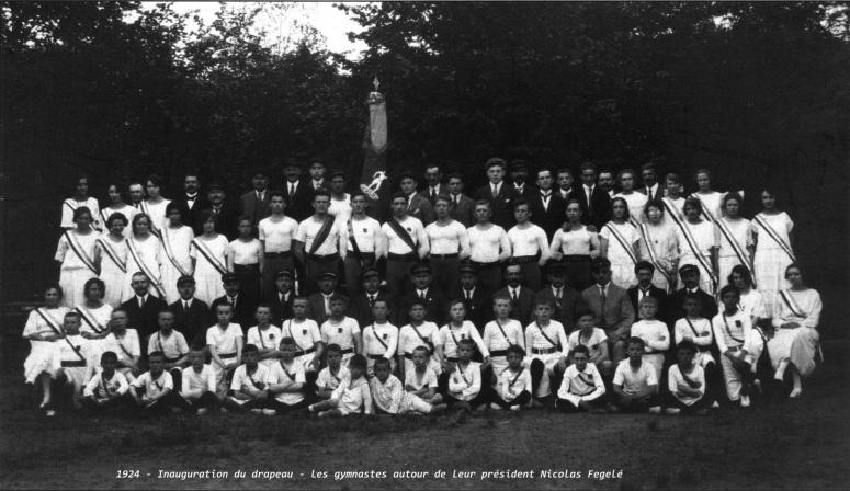 1924 - Inauguration du drapeau